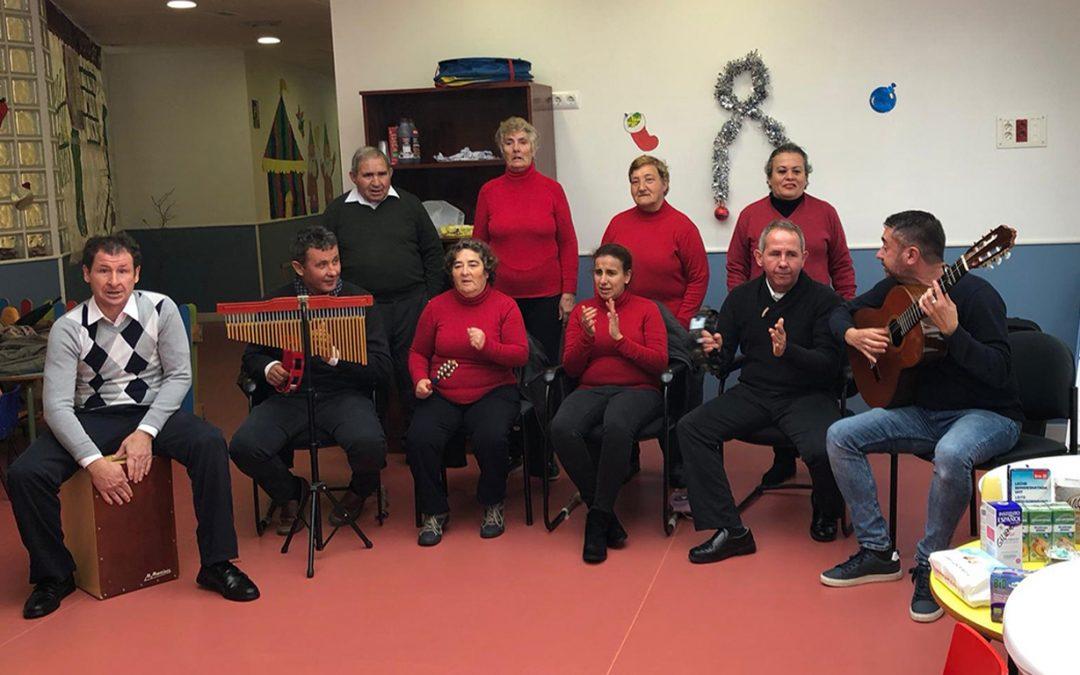 Actuaciones del coro campanilleros del Centro Ocupacional 'El Cristo Roto' en Gibraleón, Beas y Trigueros